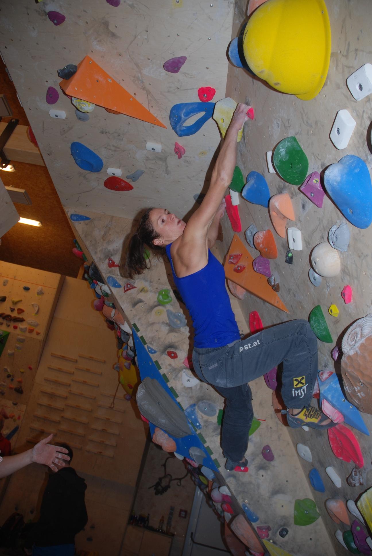 Kletterzentrum imst wbj bouldernight r ckblick for Ben klinger
